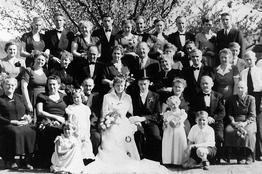 Fotograf zur Hochzeit für Gruppenfoto