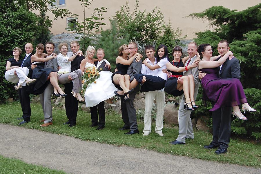 Fotograf zur Hochzeit aus Leipzig für Gruppenfoto