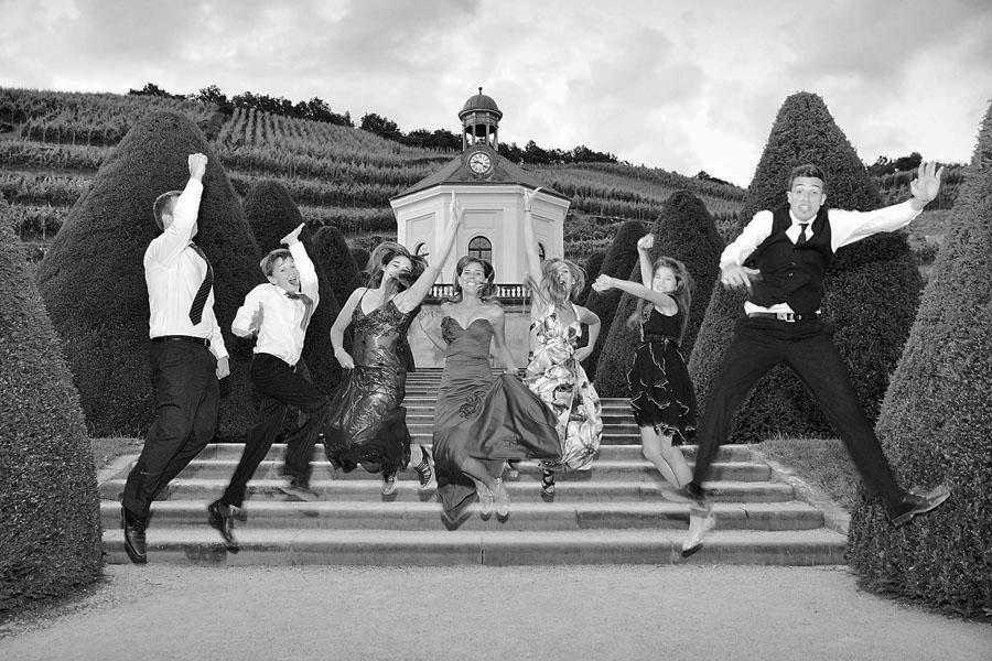 der Hochzeitsfotograf aus Leipzig für spontane Gruppenfotos