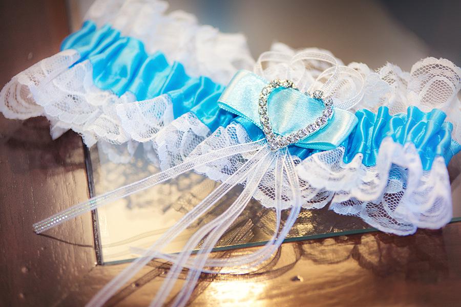 Etwas Blaues zur Hochzeit
