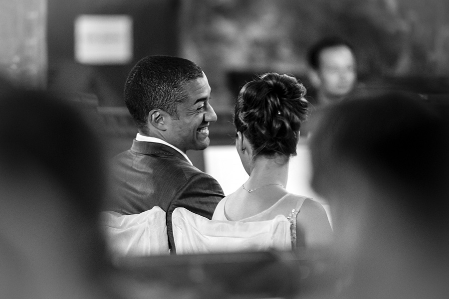 Medialoge-Brautpaar-Kirche